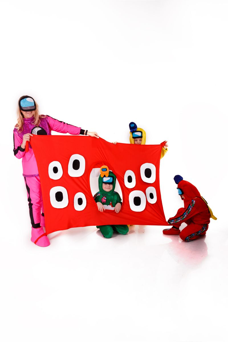 Масочка - Игровой коврик «Поезд Пожиратель» реквизит для аниматоров / фото №3025