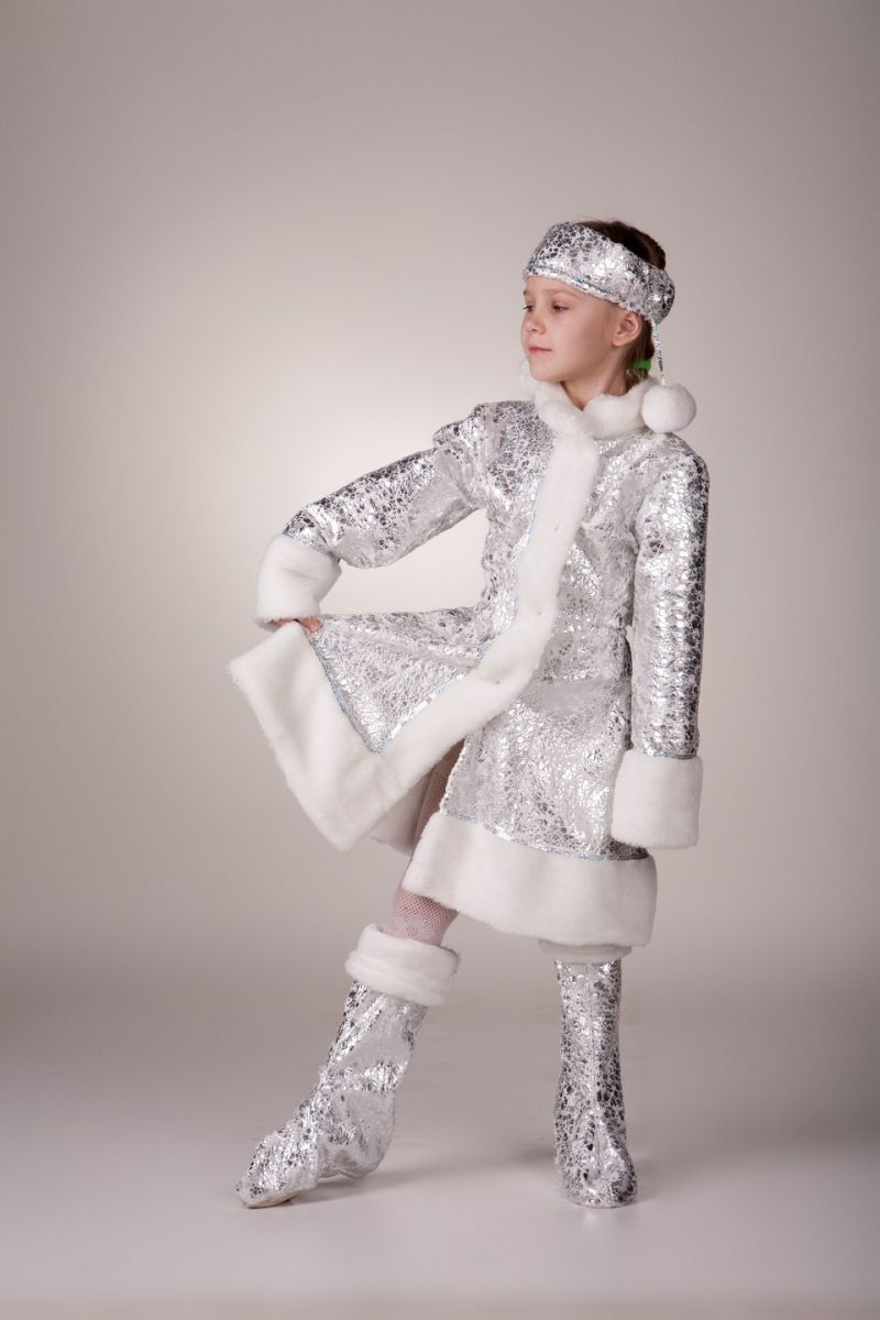 Снегурочка «Серебро» карнавальный костюм для девочки